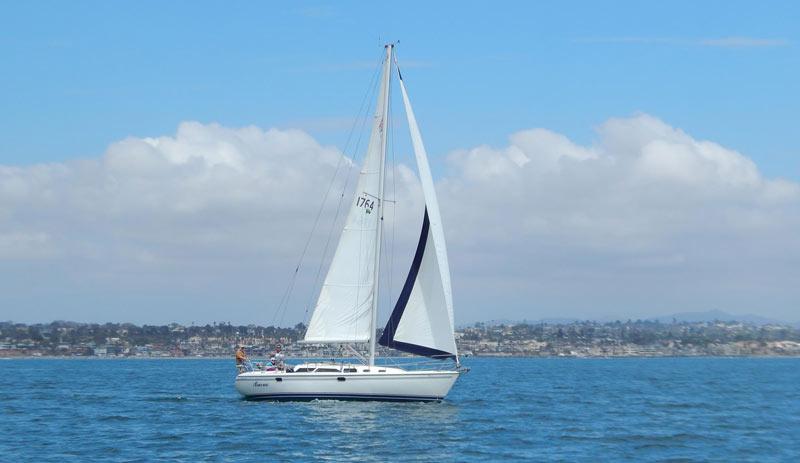 bueno_sail_oceanside_boat